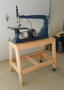 Scroll saw on stand